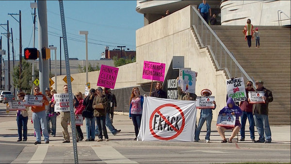 Dallas 'Global Frackdown' rally – Oct. 19, 2013; IMAGE SOURCE: WFAA