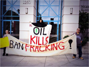 Santa-Monica-Fracking-Protest-Oil