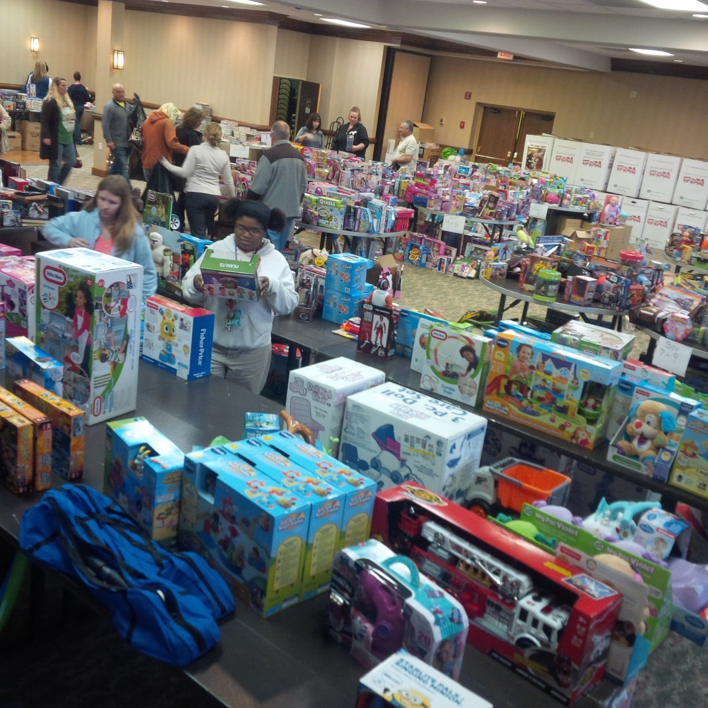 Carroll County Toys for Tots distribution.